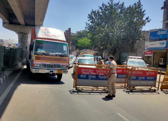 'दिल्ली कूच' रोकने को हरियाणा की सीमाएं सील