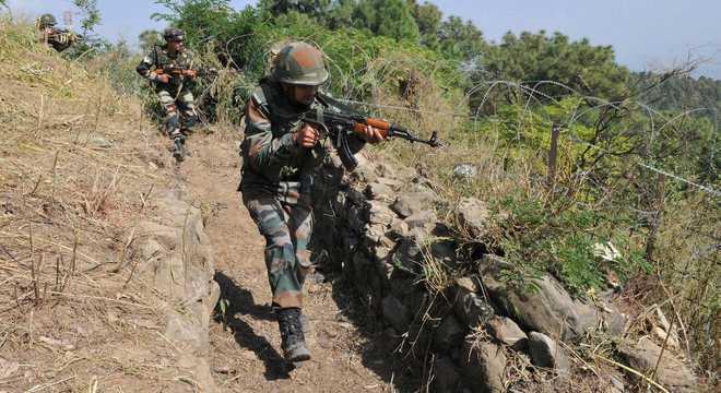 सांबा और राजौरी में आतंकियों की सूचनाओं के बाद कई इलाकों में तलाशी अभियान