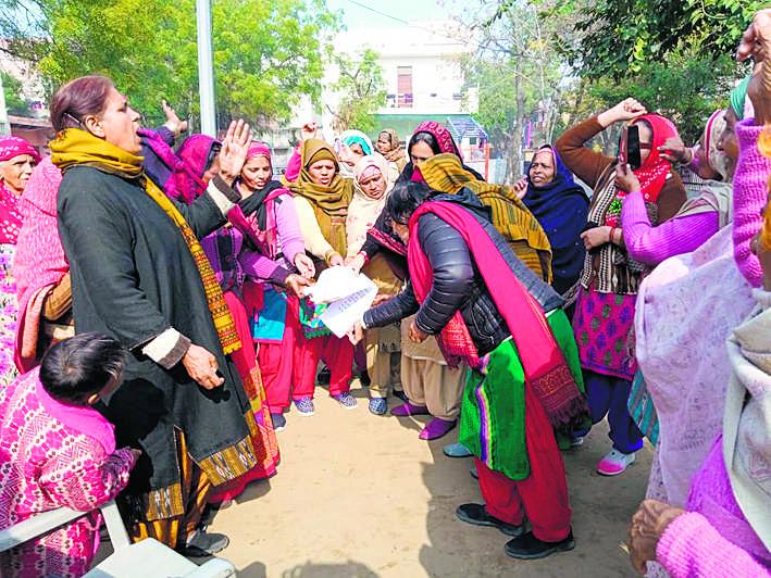 जनवादी महिला समिति ने जताया रोष