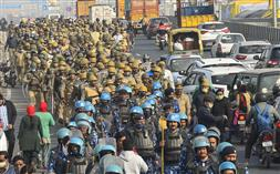 गाजीपुर बार्डर खाली कराने की तैयारी, यूपी सरकार ने दिये आदेश!