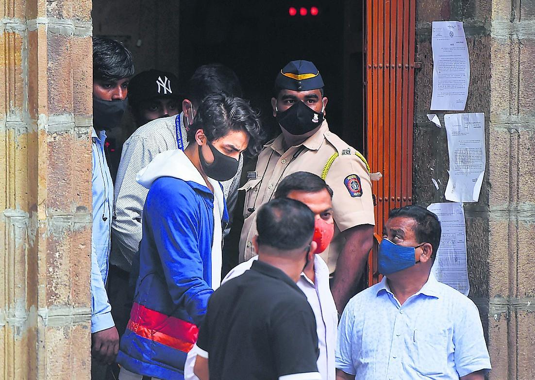 'साजिश, तस्करी, खरीद तथा उपभोग में संलिप्त था आर्यन खान'