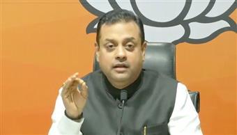 सीडब्ल्यूसी की बैठक में पटेल का 'अपमान' करने के लिए भाजपा ने कांग्रेस की निंदा की