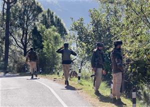 जम्मू के जंगल में फिर गोलीबारी शुरू, सुरक्षाबलों का तलाश अभियान जारी