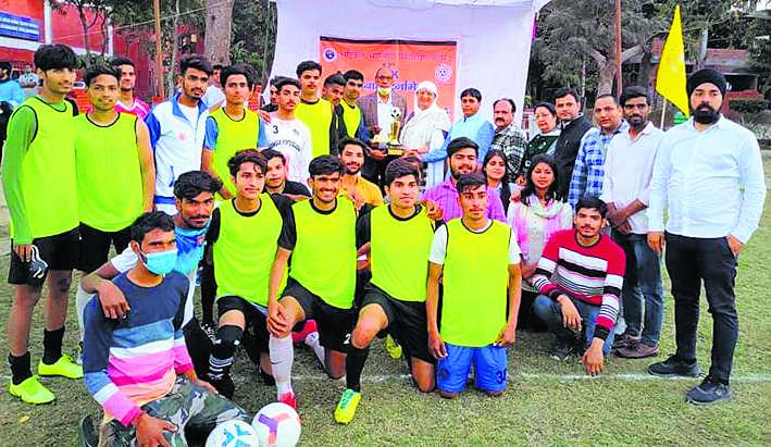 पलवल ने जीता ओपन फुटबॉल टूर्नामेंट