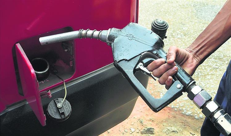 तेल से अर्जित रकम का कीजिए सदुपयोग