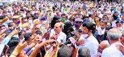 आंदोलन अब व्यवस्था बिगाड़ने वालों के हाथों में : दुष्यंत