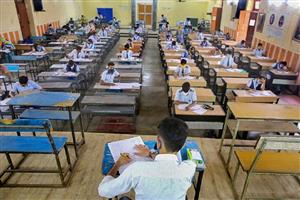 बिना परीक्षा पास होंगे 10वीं के सवा 3 लाख से अधिक विद्यार्थी