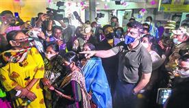 हिंसा में 5 की मौत के बाद सियासी तूफान