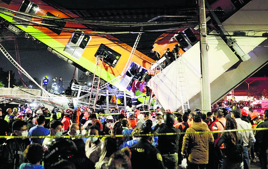 मेट्रो का पुल गिरने से 20 की मौत