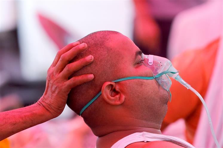 अगले आदेश तक दिल्ली को रोज 700 एमटी ऑक्सीजन दे केंद्र : सुप्रीमकोर्ट