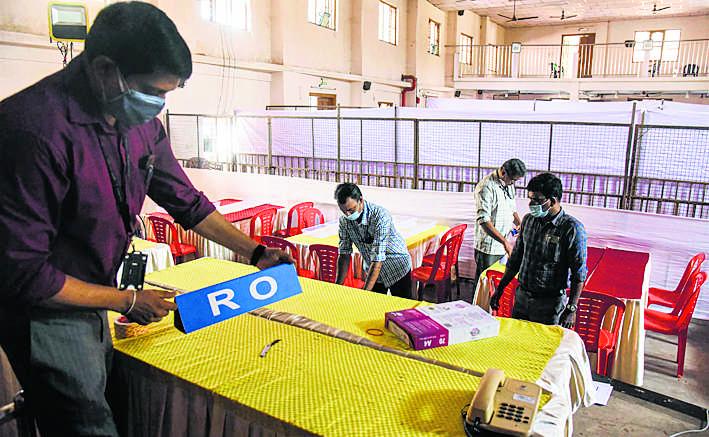 5 राज्यों के चुनाव नतीजे आज, निगाहें बंगाल पर