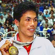 एशियाई खेलों के स्वर्ण पदक विजेता पूर्व मुक्केबाज डिंको सिंह का निधन