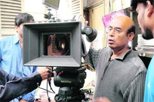 प्रख्यात फिल्म निर्देशक बुद्धदेब का निधन