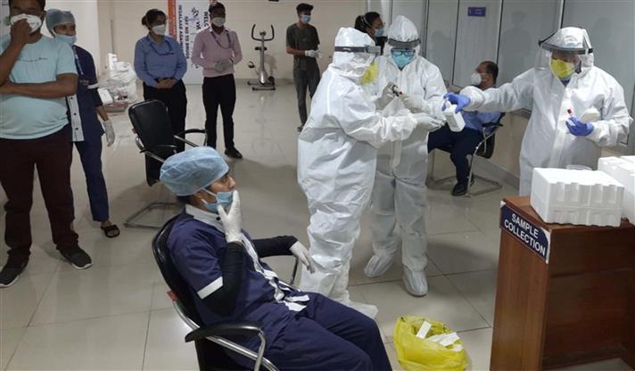 देश में कोविड-19 महामारी से एक दिन में सर्वाधिक 6,148 लोगों की मौत!