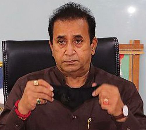 महाराष्ट्र के पूर्व गृह मंत्री के खिलाफ भ्रष्टाचार के मामले में सीबीआई ने 8 शहरों में मारे छापे