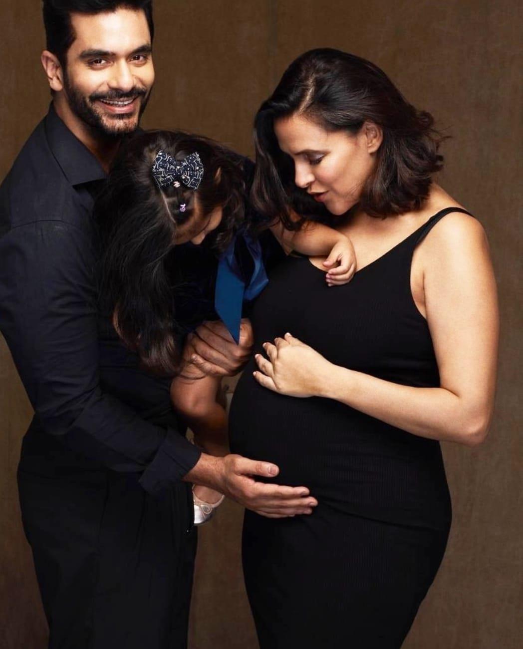 नेहा धूपिया दूसरी बार बनने वाली हैं मां, सोशल मीडिया पर साझा की जानकारी