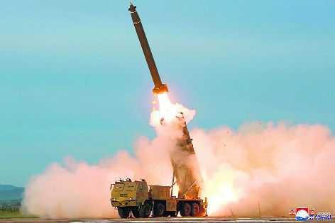 अफगानिस्तान में राष्ट्रपति भवन के पास गिरे रॉकेट