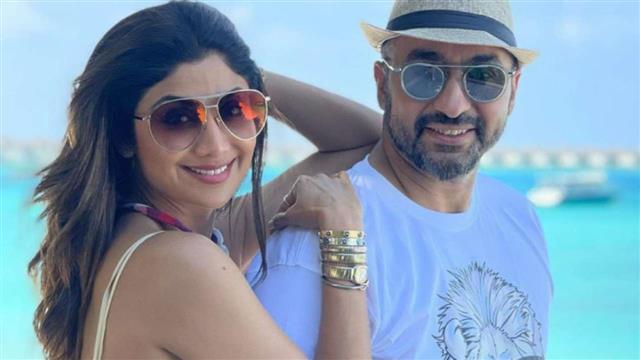 पोर्न फिल्म मामले में अभिनेत्री शिल्पा शेट्टी के पति राज कुंद्रा की गिरफ्तारी के बाद वायरल हुआ 9 साल पुराना 'पोर्न बनाम प्राॅस्टीच्यूशन' पोस्ट!