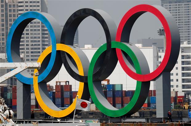 ओलंपिक से एक दिन पहले उद्घाटन समारोह निर्देशक बर्खास्त