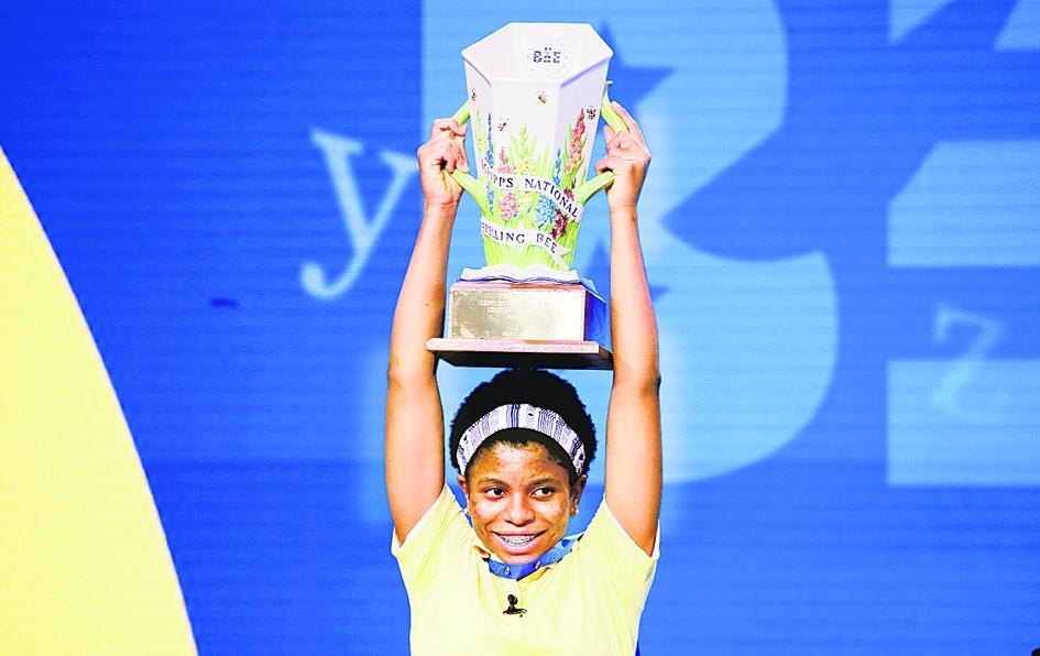 विजेता बनी पहली अफ्रीकी-अमेरिकी जैला