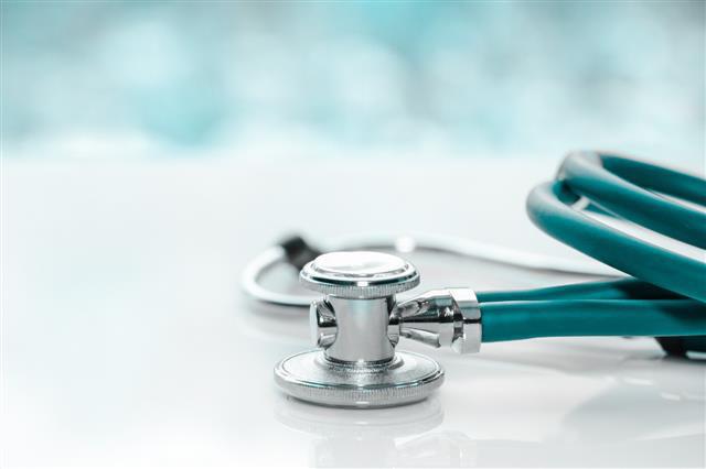 मेडिकल कॉलेजों में ओबीसी को 27% और कमजोर आय वर्ग के लिए 10% आरक्षण, केंद्र सरकार ने लिया निर्णय
