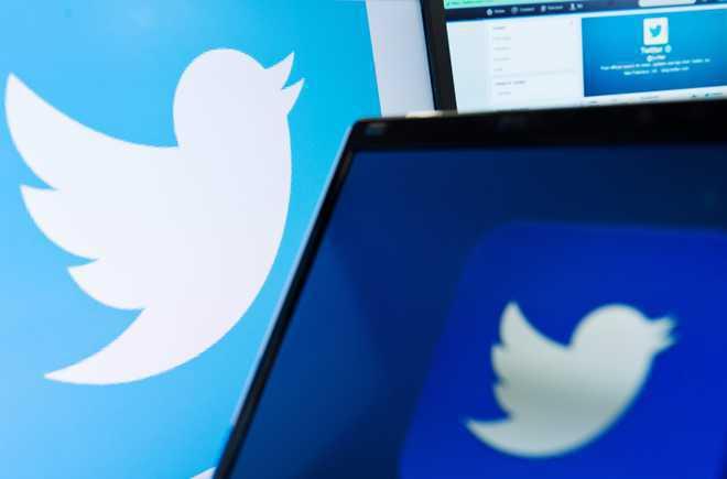 ट्विटर पर कुछ समय हटा रहा केंद्रीय मंत्री का 'ब्लू बैज'