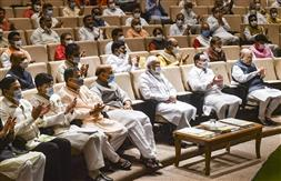 संसद में विपक्षी सदस्यों का आचरण संविधान, संसद और जनता का अपमान : मोदी