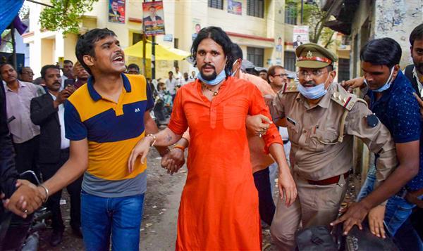 महंत नरेंद्र गिरी मौत मामलाः आनंद गिरि को 14 दिन की न्यायिक हिरासत में भेजा
