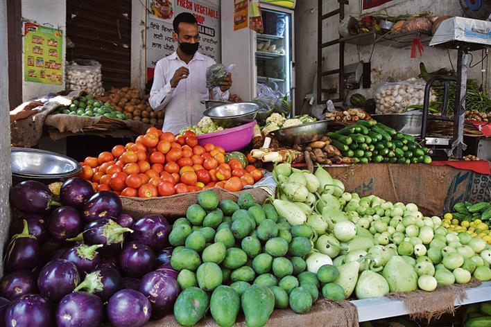 सब्जियों के लिए 30 , फलों के लिए मिलेगा 40 हजार मुआवजा