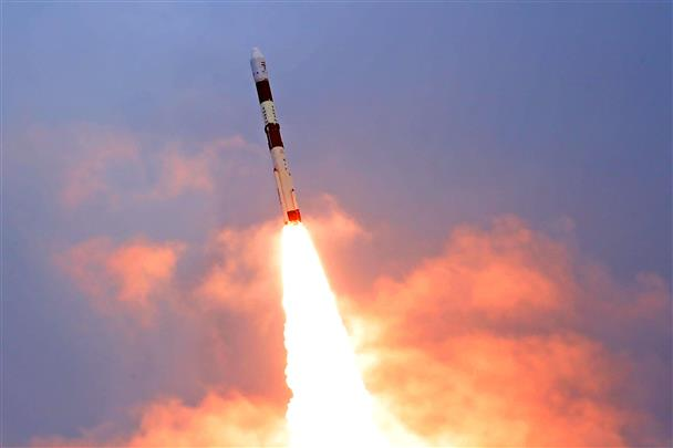 अंतरिक्ष विभाग की देश में 2 और रॉकेटों के पूर्ण उत्पादन की योजना