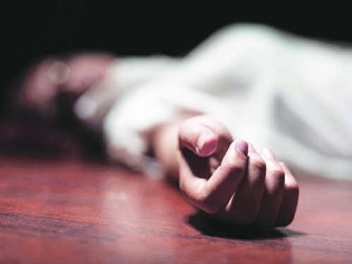 जहरीला पदार्थ खाने से विवाहिता की मौत