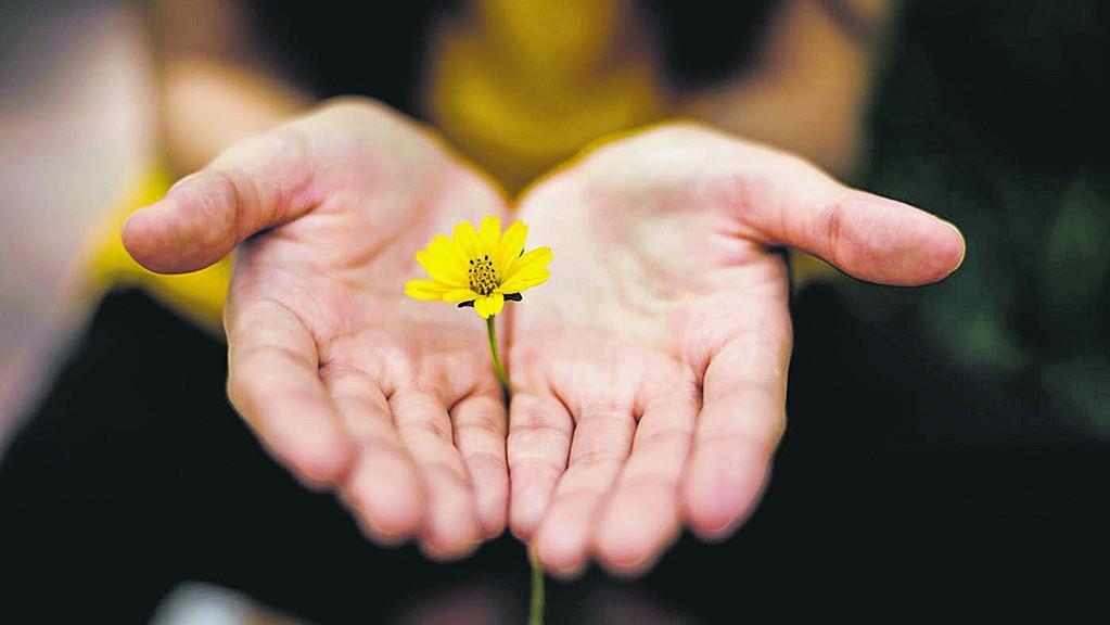 मददगार का मान बढ़ाने वाला मानवीय भाव आभार